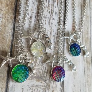 4 choices Iridescent scale necklace